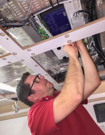 Service engineer eltek fire detection